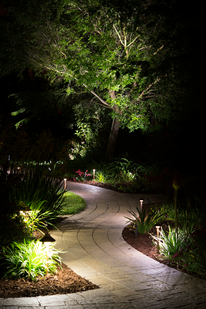 Fx luminaire is an industry leading manufacturer of landscape and architectural lighting products with a focus on the advancement of led landscape lighting